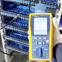 Укладка кабеля и расключение патч-панелей в серверной