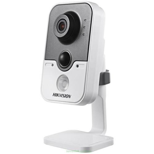 Hikvision DS-2CD2420F-IW (4 мм) 2 Мп IP видеокамера